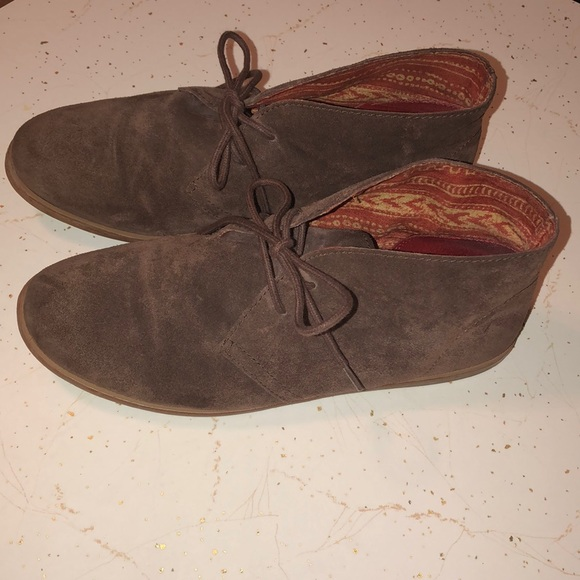 Lucky Brand Shoes - LUCKY BRAND SUEDE BOOTIES 7.5-8